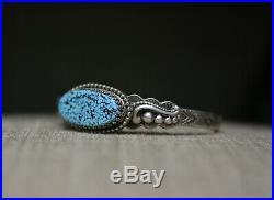 Beautiful Native American Navajo Turquoise Sterling Silver Cuff Bracelet