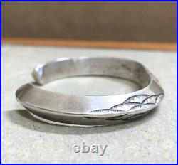 Old Pawn FRED HARVEY ERA Stamped Solid Sterling Silver CARINATED Cuff Bracelet