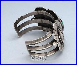 Vintage Navajo Natural Green CARICO LAKE Turquoise Sterling Silver Bracelet